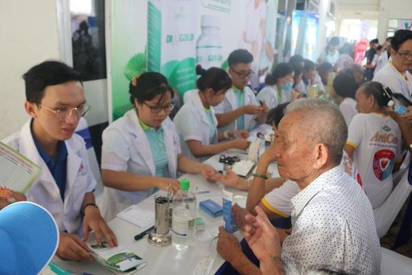 hareco chăm sóc sức khỏe người cao tuổi quận 9